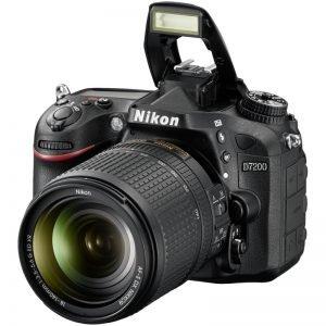 Nikon D7200 con NIKKOR 18-140MM F/3.5-5.6G ED VR Garanzia 4 anni Nital Italia