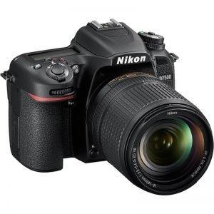 NIKON D7500+AF-S 18-140 VR – Garanzia Nital 4 anni