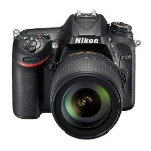 Nikon D7200 + 18/105 F3.5-5.6G DX ED VR + SD 8GB – Garanzia 4 anni Nital Italia
