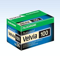 FUJICHROME VELVIA 100 ( 1 Rullino )