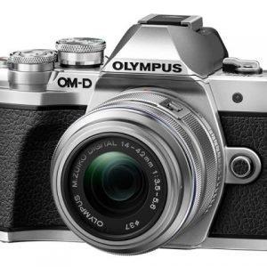 Olympus OM-D E-M10 Mark III Silver 14/42 IR Garanzia Polyphoto Italia