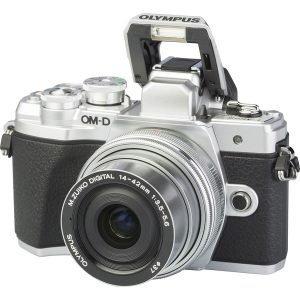 Olympus OM-D E-M10 Mark III Silver 14/42 EZ Garanzia Polyphoto Italia