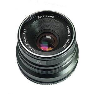 7artisans 25mm f/1.8  APS-C