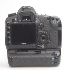 Canon 5D Mark II + BG E6
