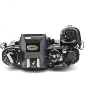 Nikon FA + Impugnatura MB-D15