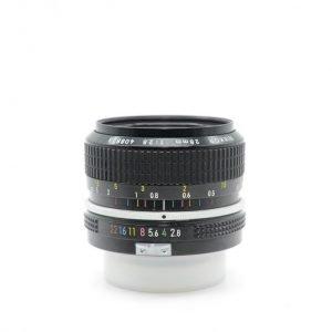 Nikon 28mm f/2.8 AI