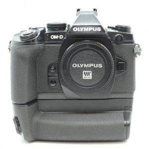 Olympus OM-D E-M1 + HDL-7