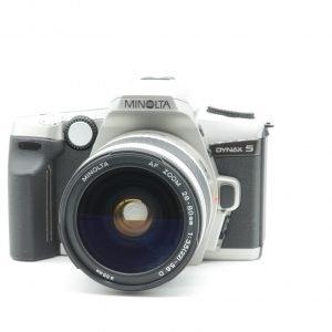 Minolta Dynax 5 con 28/80 f 3.5-5.6