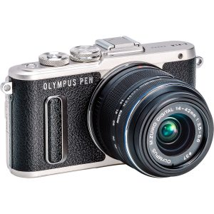 Olympus Pen E-PL8 + 14-42mm f/3.5-5.6 II R ( Vari Colori ) Garanzia Polyphoto Italia