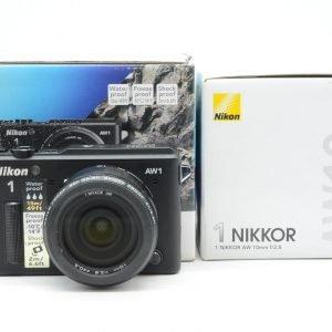 Nikon 1 AW1 + Ob. 10 mm F 2.8