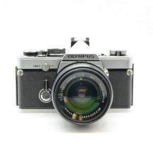 Olympus OM-2 con 28 mm Vivitar