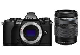 OLYMPUS OM-D E-M5 Mark II con 14/150 – Garanzia Polyphoto