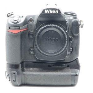 Nikon D300 con Impugnatura
