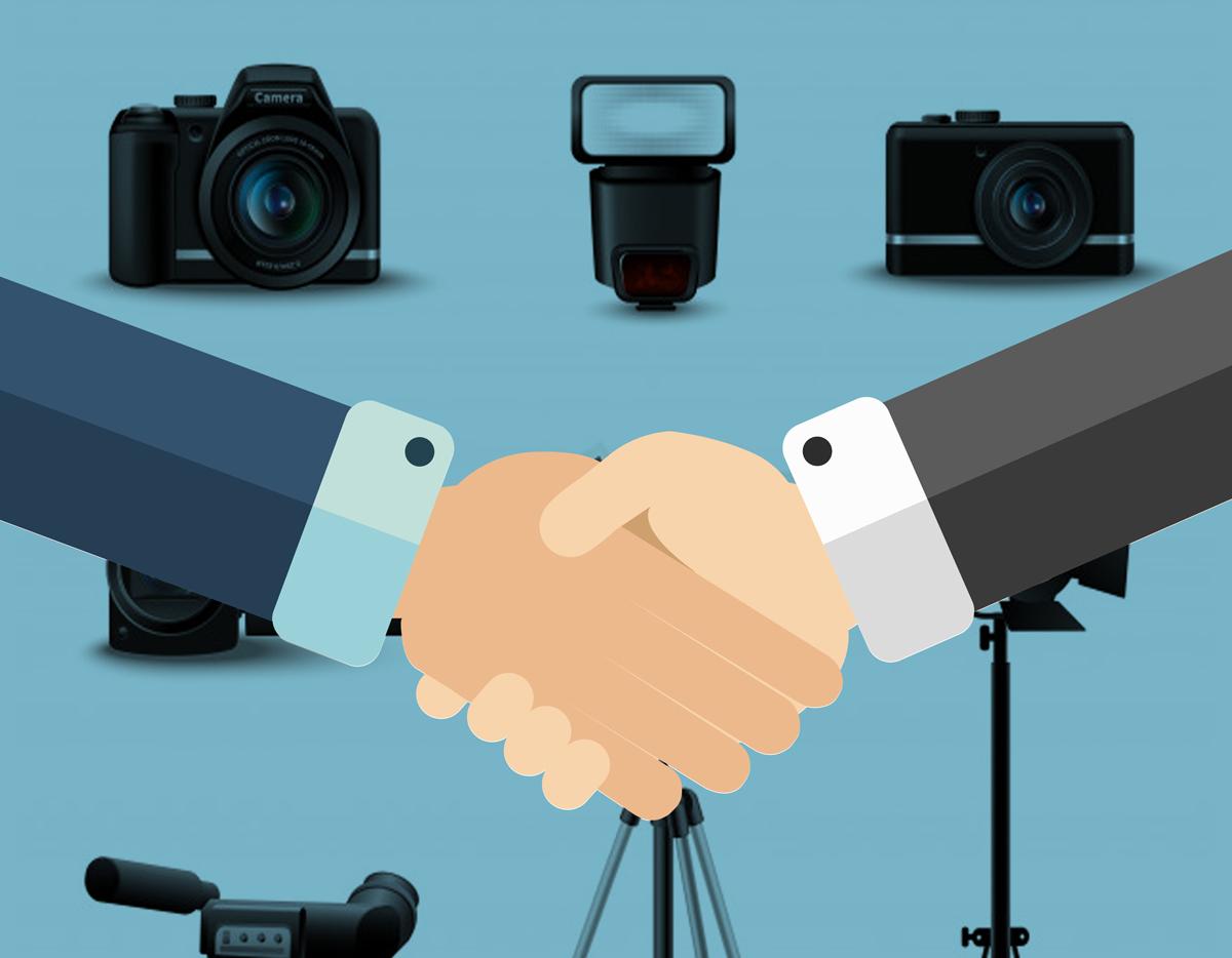 noleggio fotocamere, videocamere, droni, flash, treppiedi, e prodotti per la fotografia
