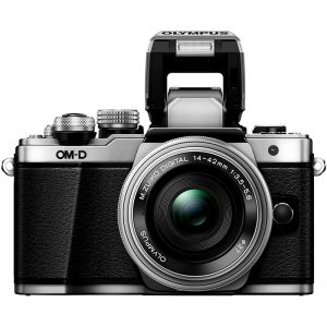 Olympus E-M10 Mark II – Garanzia Polyphoto Italia
