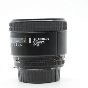 Nikon AF 85mm f/1.8