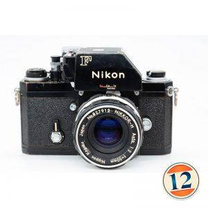 Nikon F con Nikkor 50 mm F2