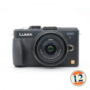 Panasonic Lumix DMC-GX1 con 12/32 f 3.5-5.6