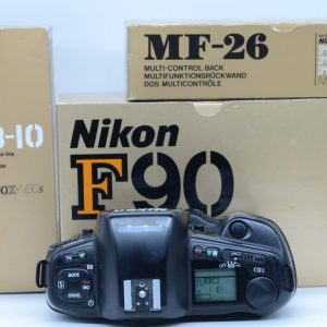 Nikon F90+MB10+Dorso MF26