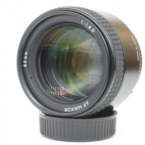 Nikon AF 85mm f/1.8 D