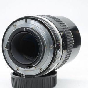 Nikon 135mm f/2.8