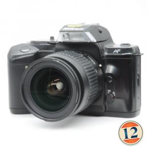 Nikon F-401 con 28/80 mm