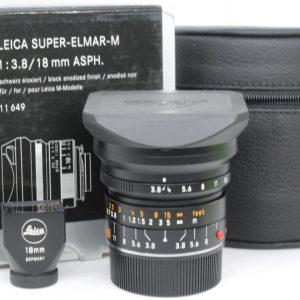 Leica Super-Elmar-M 18mm f/3.8 + Mirino