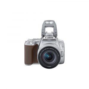 Canon EOS 250D + 18-55mm F4-5.6 IS STM – Garanzia Canon Italia