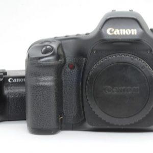 Canon 5D Corpo + Impugnatura Omaggio !