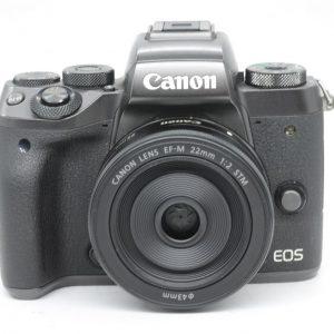 Canon Eos M5 con 22mm