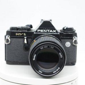 Pentax MV-1 con Vivitar 135 f 3.5